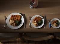 Size matters when it comes to dinner plates